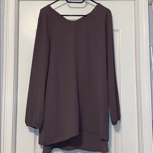 💚3/$13💚 Maurices cross back tunic size L